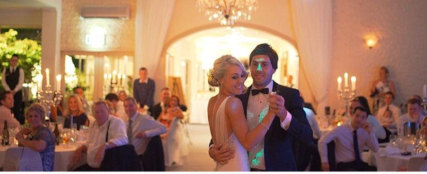 Jaką salę weselną wybrać - minimalistyczne wnętrze, folkowa gospoda czy pałac?